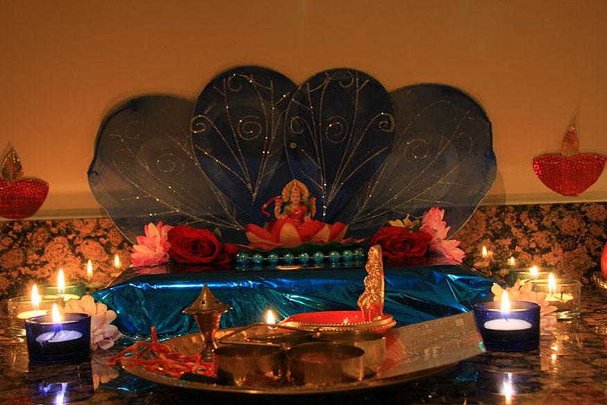 अष्ट लक्ष्मी साधना का उद्देश्य जीवन में धन के अभाव को मिटा देना है. इस साधना से भक्त कर्जे के चक्रव्यूह से बाहर आ जाता है.