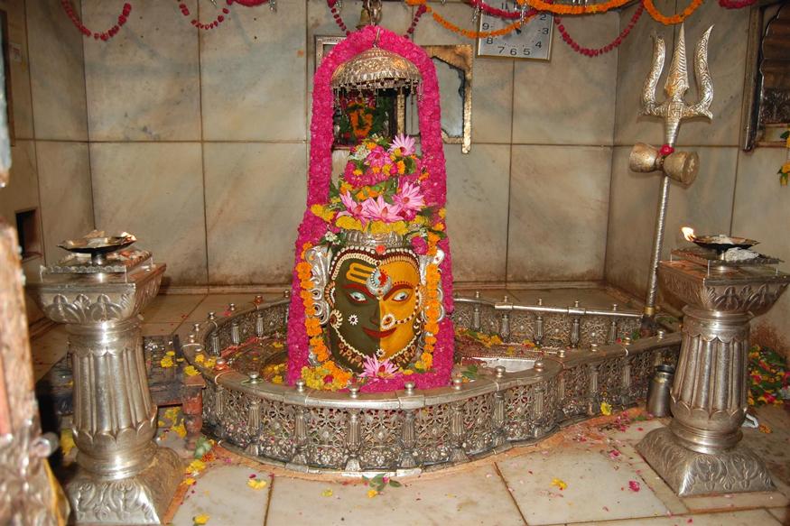 उज्जैन स्थित भगवान शिव के इस महाकाल स्वरूप की पूरे संसार में महिमा है. भारत में वे उज्जैयनी के महाराज के रूप में स्थापित हैं. (फोटो: dic.mp.nic.in).