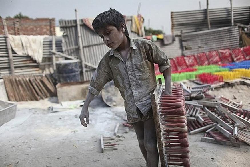 बाल मजदूरी व बाल शोषण के क्षेत्रों में भारत जैसे प्रगतिशील देश की गिनती सबसे ऊपर है, जहां 15 करोड़ बच्चे बाल मजदूरी कर रहे हैं, (फोटो : flickr.com).