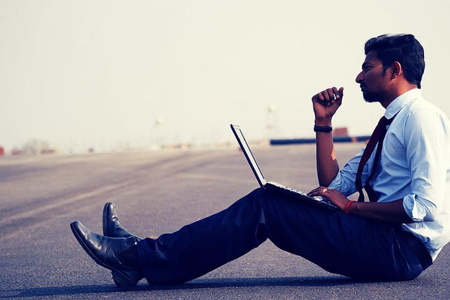 पीएम नरेन्द्र मोदी ने लोकसभा 2014 के चुनावों के दौरान एक करोड़ नई नौकरियां देने का चुनावी वायदा किया था. (फोटो : Pixabay.com).