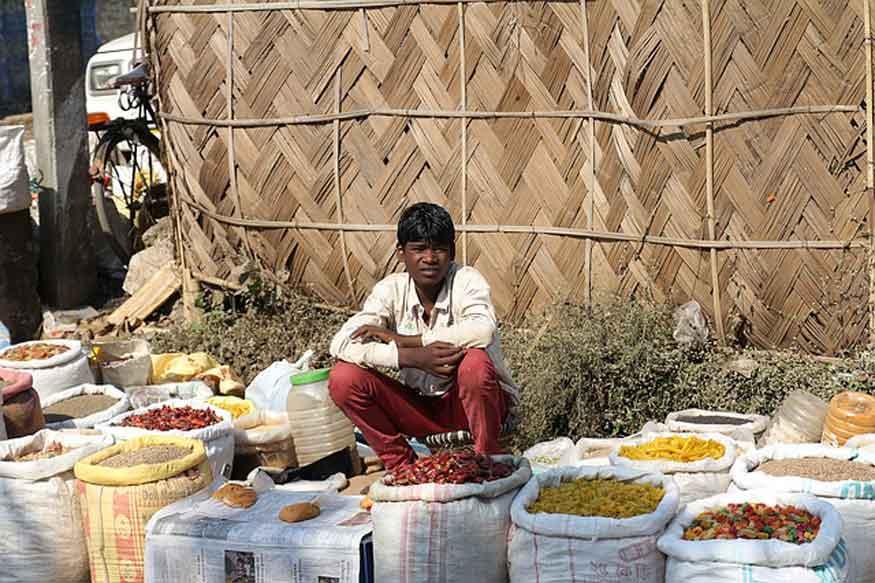 गरीबी, भुखमरी और बेरोजगारी के आंकड़े सरकार के लिए मुश्किलेें पैदा करने वाले हैं. (फोटो : pixabay.com).