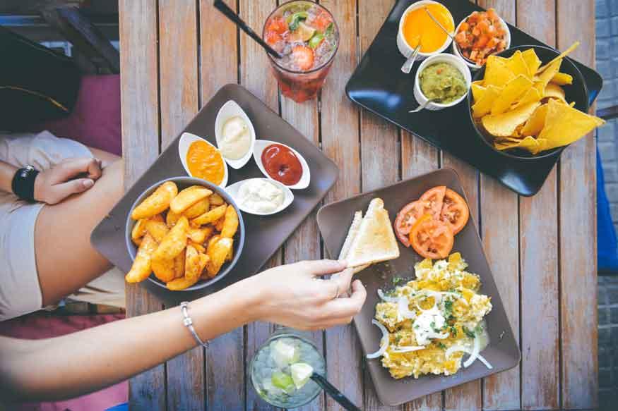 ब्लड ग्रुप के हिसाब से खानेे से फिटनेस बरकरार रहती है और बीमारियों का खतरा कम होता है. (फोटो : pixabay.com)
