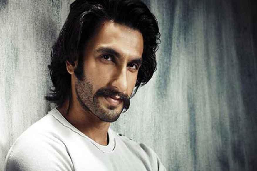 रणवीर ने अपनी शुरुआती फिल्मों से ही जता दिया था कि वे कितना लंबा चलने वाले हैं. (फोटो : फिल्म स्टील)